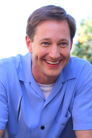 File:Dave Hussey 2.png