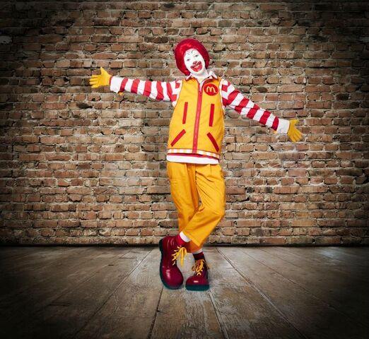 File:Ronald McDonald 2014 look.jpg