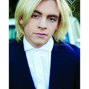 Ross Lynch- 91651617543713081160481364703083 n