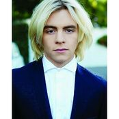 Ross Lynch- 123532342241546079156592118766796 n