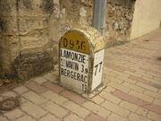 RN136 - Borne Dordogne.JPG