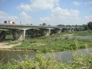 Pont sur la Loire-A10.jpg