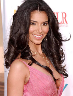 Roselyn-sanchez-picture-1