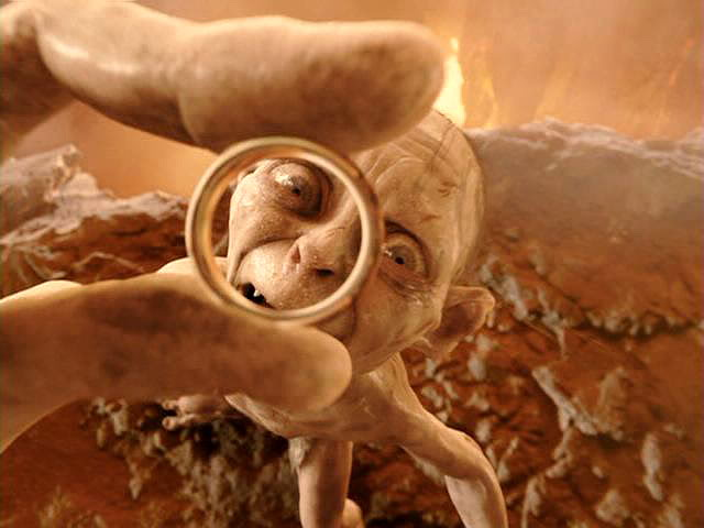 File:Gollum-Ring.jpg