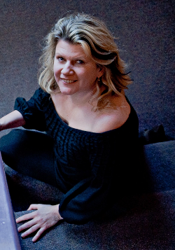 Tracey Moore (Present)
