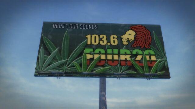 File:Four20 billboard in Sommerset.jpg