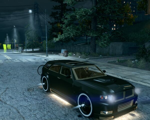File:Hammer with kneecappers in Saints Row The Third - front left.jpg