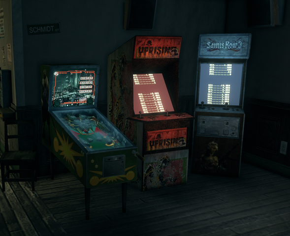 File:Broken Shillelagh interior - pinball machine and video games.png