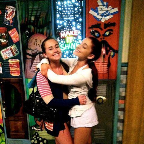 File:Alexa and Ariana in front of Tori's locker.jpg
