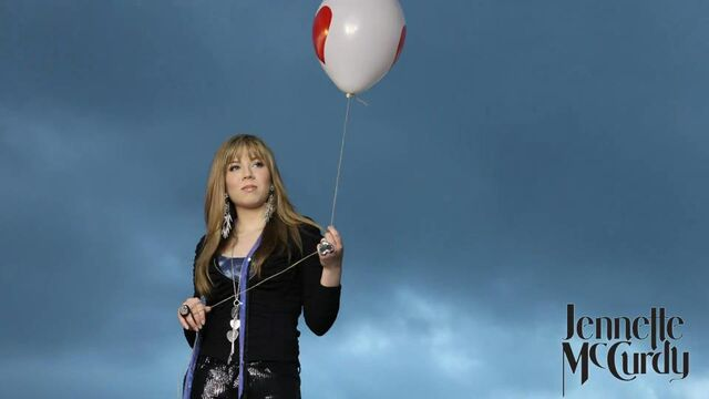 File:Jennette holding a balloon - Generation Love photoshoot.jpg