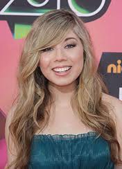 Jennette at 2010 KCAs
