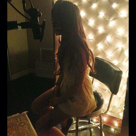 File:Ariana recording June 3, 2013.jpg