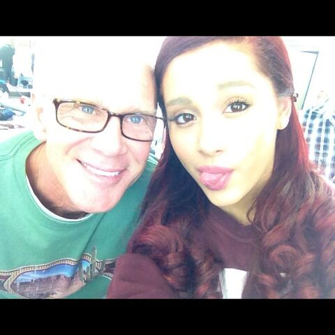 File:Ariana with Michael after doing hair and make-up.jpg