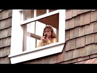 File:Jennette as Sara Crewson.jpg