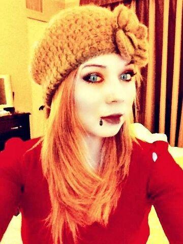 File:Jennette wishing her fans a happy Halloween.jpg