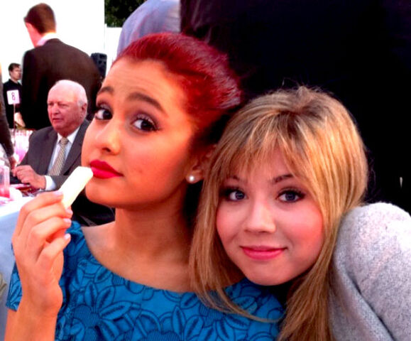 File:Ariana and Jennette at the Angel Awards.jpg