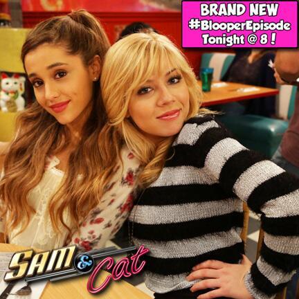 File:Jennette & Ariana in BlooperEpisode.jpg