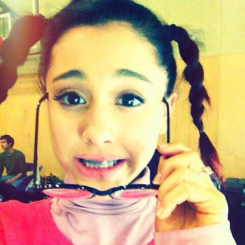 File:Ariana with pigtails, braces, and glasses.jpg