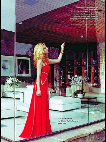 File:Jennette Runway Magazine Cover Shoot 5.jpg