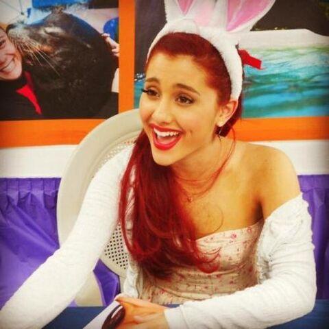 File:Ariana at Miami Easter Parade.jpg