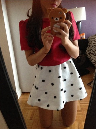 File:Ariana in another Kenley Collins outfit.jpg