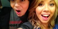 Cameron and Jennette