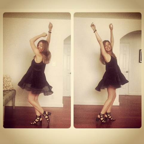 File:Jennette McCurdy wearing a black dress.png