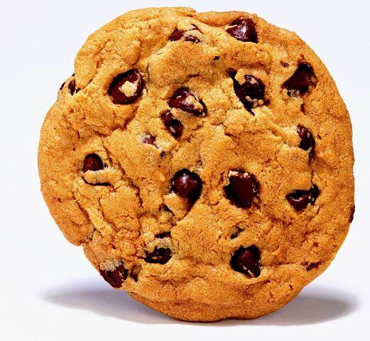 File:Chocolate chip cookie.jpg