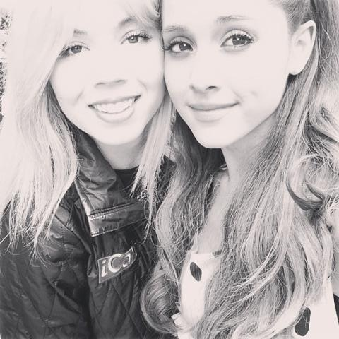 File:Jennette and Ariana in rehearsal June 5, 2013.jpg