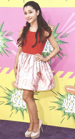 File:Ariana Grande at the KCA's 2013.jpg