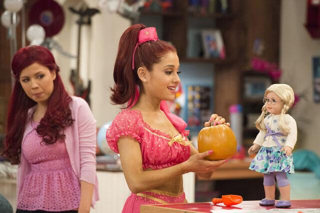 File:Sam watching Cat hold a pumpkin.jpg