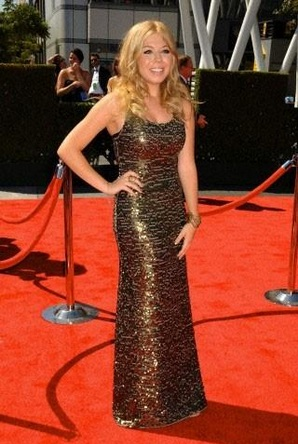 File:Jennette tries to look natural at the Emmys.jpg