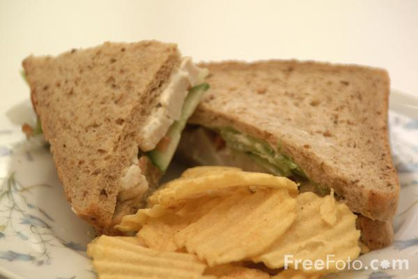 File:09 09 7---Sandwich-and-Crisps web.jpg
