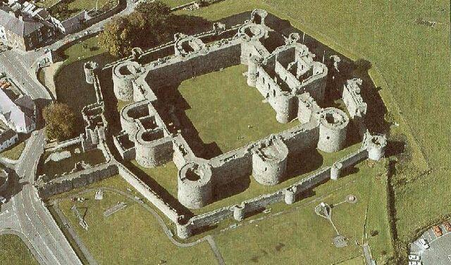 File:Medieval castle.jpg