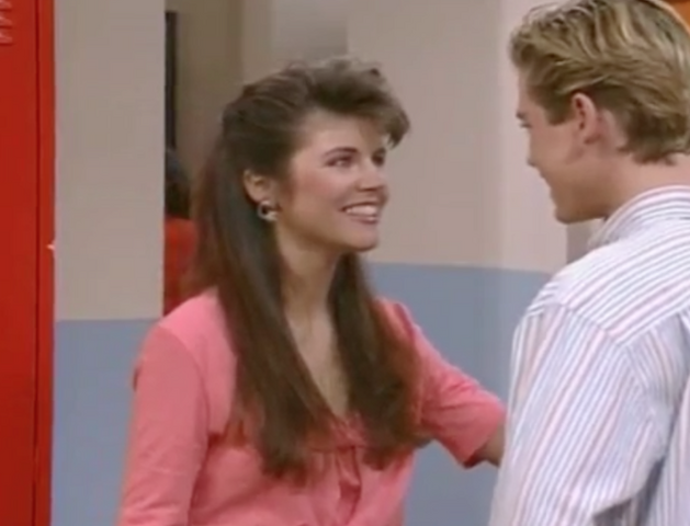 File:S2 E1 - The Prom -23 kelly n zack.png