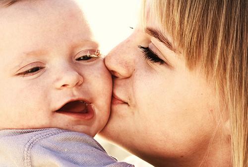 File:Free Sweet Baby Kisses Family Love Creative Commons.jpg