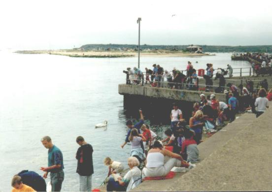 File:Mudeford2.JPG