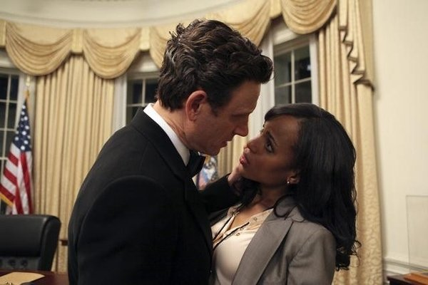 File:1x01 - Fitz Grant and Olivia Pope 01.jpg