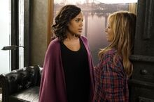 6x05 - Olivia Pope and Vanessa Moss 01