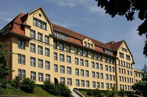 Datei:Picswiss BE-98-53 Biel- Gymnasium.jpg