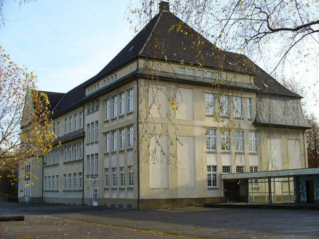 Datei:Schulhaus.jpg