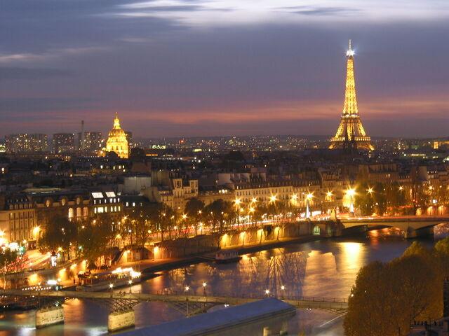 Arquivo:Paris.jpg