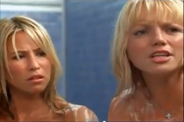 File:Rachel and Hannah Seeing Double Shower scene 5.png