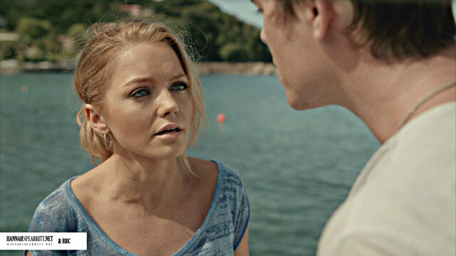 File:Hannah in Death In Paradise.jpg