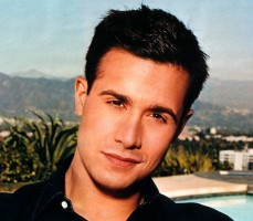 File:Freddie Prinze, Jr .jpg