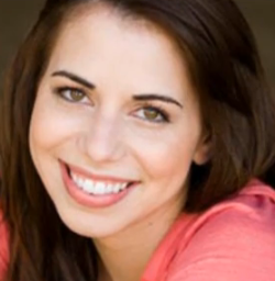 File:Laura bailey.png