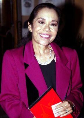 Linda Dangcil