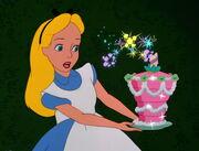 Alice-in-wonderland-disneyscreencaps.com-5148