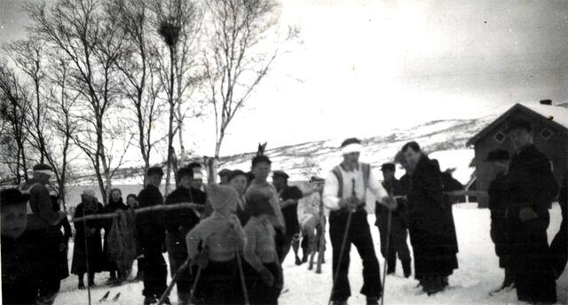 File:Skirenn i Finnfjorn.jpg