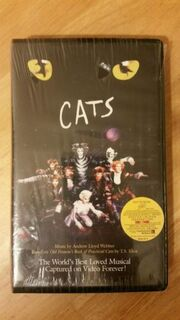 Cats-the-musical-vhs-black-clamshell-case-1998-andrew-lloyd-webber-fca508bb5ae99e8be9530f7b67ded3be